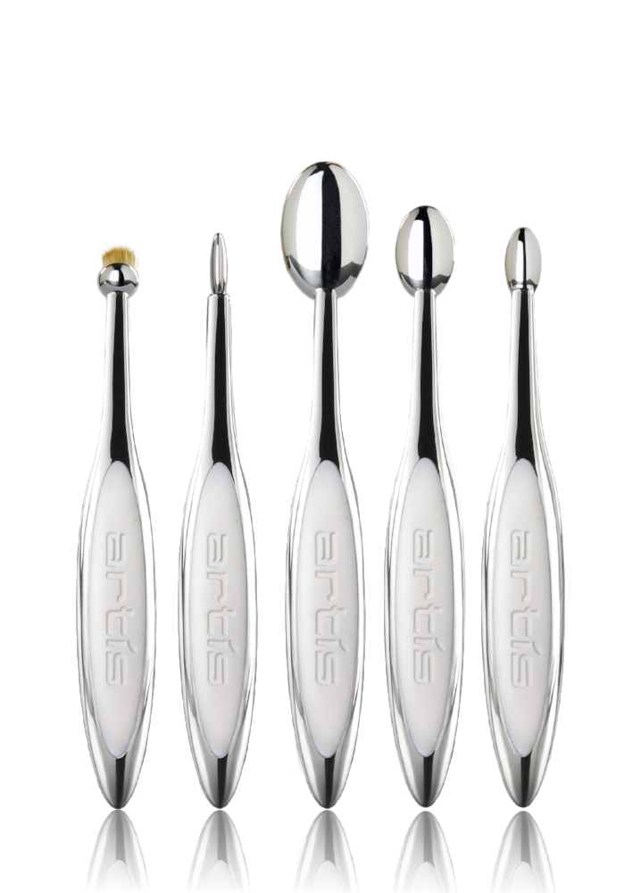 Oval brushes makeup uses
