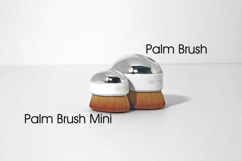 ARTIS-11.14-palm-brush-size-comparison.jpg