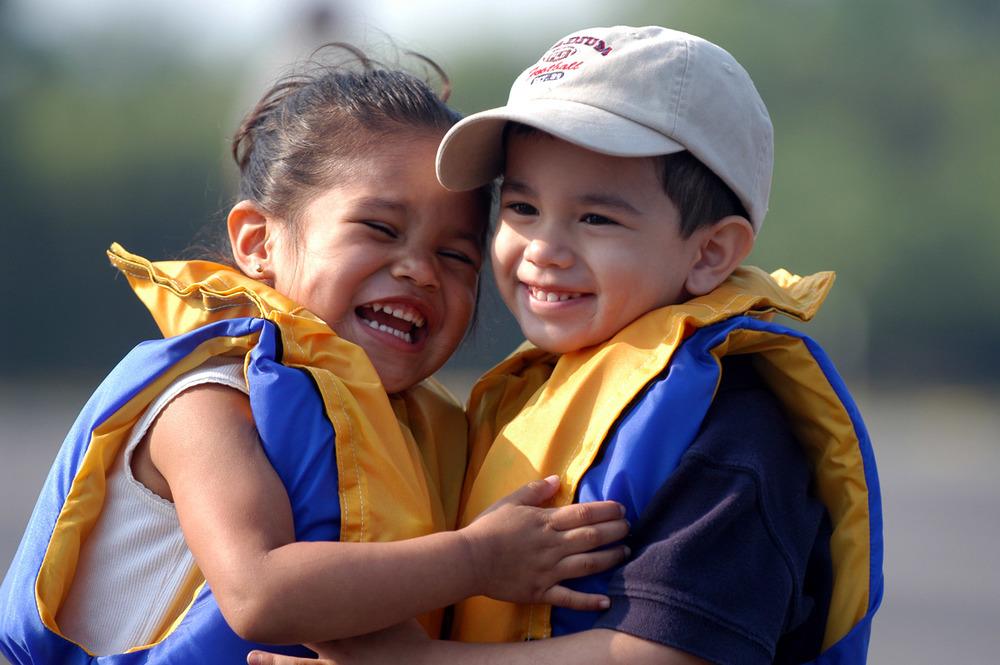 Cute-kids-lifejackets.jpg