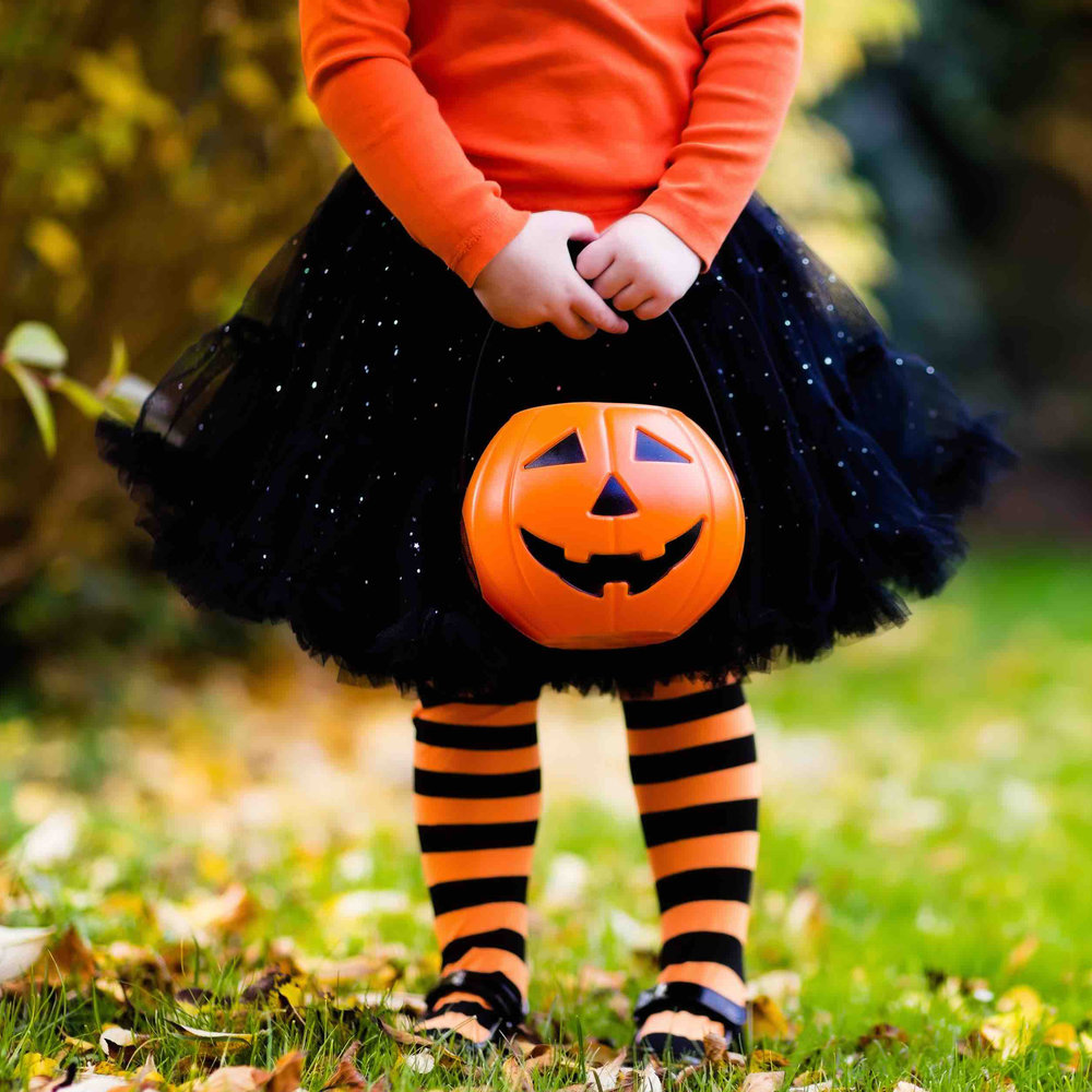 smartfeed's top 10 halloween movies+shows+apps+books for your kids