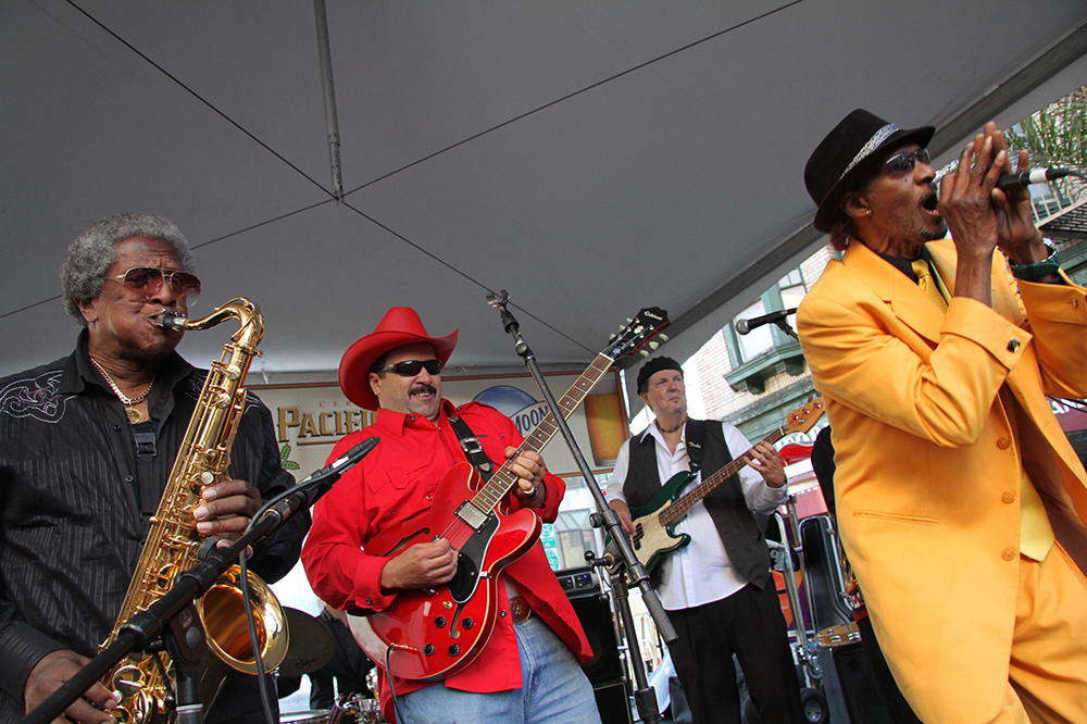 HiRes_Bobbie Webb and Smooth Blues Band [2].jpg