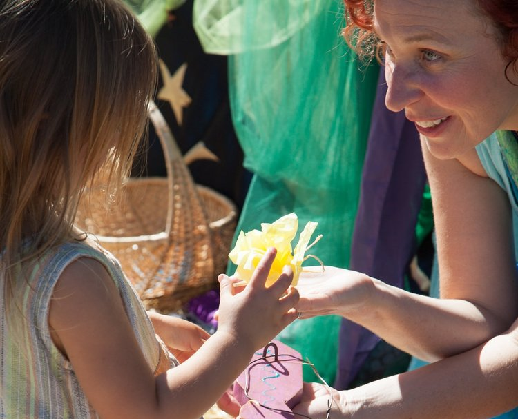 The Mermaid Lagoon - Catch a fish and receive a gift from the sea by a Mermaid!