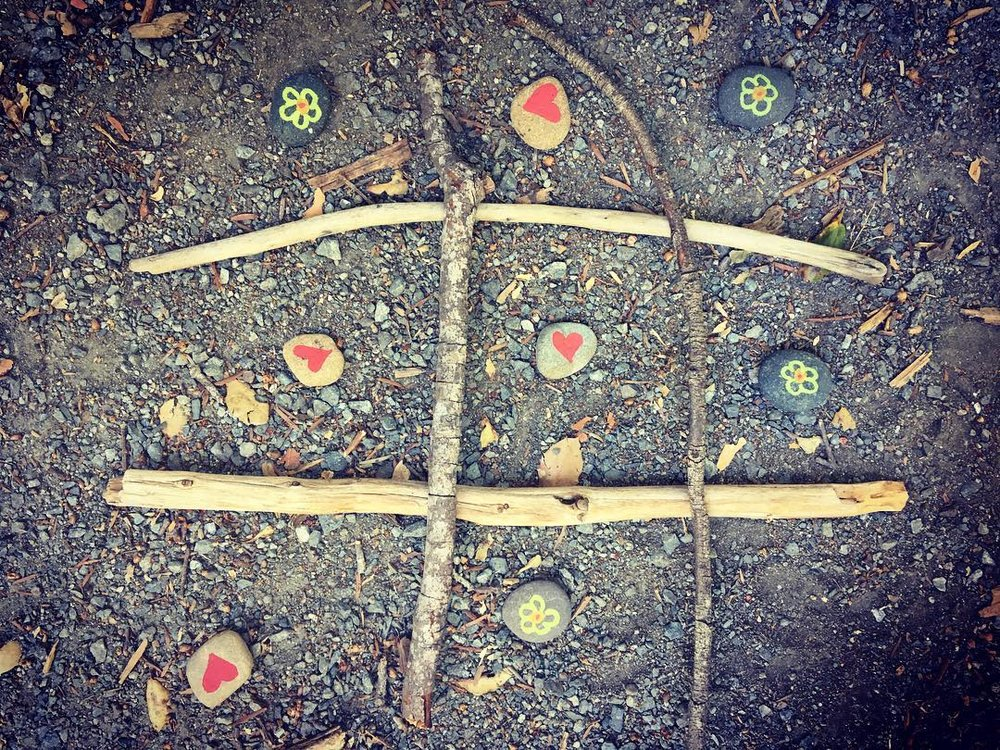 Nature Crafts - Get crafty with nature. In Garden Club today the kids and I made nature-inspired tic-tac-toe with beach rocks we painted and sticks we found. I think we could have played all day. #littlethings #littleactsbigchange #nature #naturecrafts #tictactoe #beachrocks #kidcrafts #natureappreciation #gardenclub #millvalleypubliclibrary #inspiration #gardeneducation 🌲