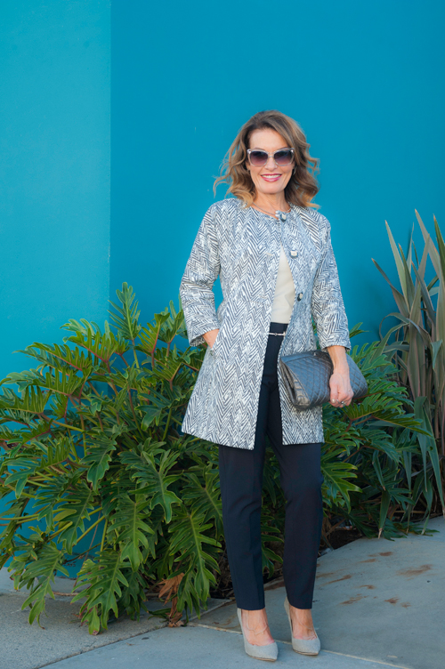 Cabi Coat ,  True Royal Pants , Worth New York  Tank  and  Belt , Jimmy Choo Pumps, Chanel Clutch, Christian Dior Shades,  Cox and Power  Ring,  Robin Terman  Choker and Earrings.