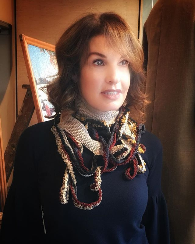 Wearing an @andreashewchuk creation. In love with these neck pieces. Coming to the blog. #canadianfashion #designerscarves #knitscarves #knitwear #fashionblogging #whatimwearing #aboutalook #fashionover50  #50plusstyle #fadhionover40 #50plusandfabulous #torontofashion #fashionforward #acessorize