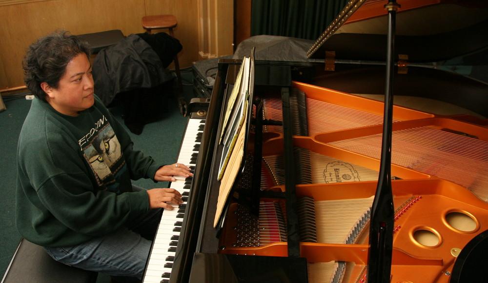 Josette piano.JPG