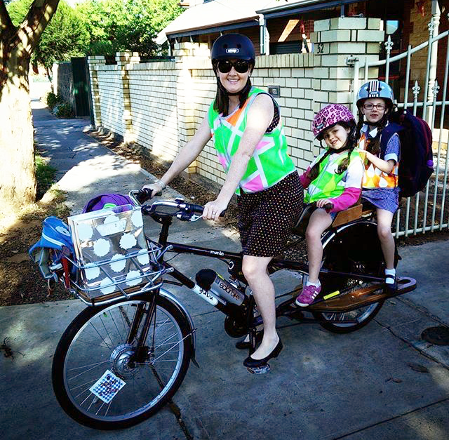 tandem bicycle kids_safety vests.png