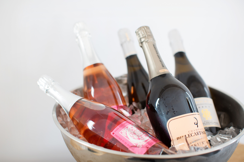Top 5 Wedding Gifts for the Wine Lover - Domaine Somm