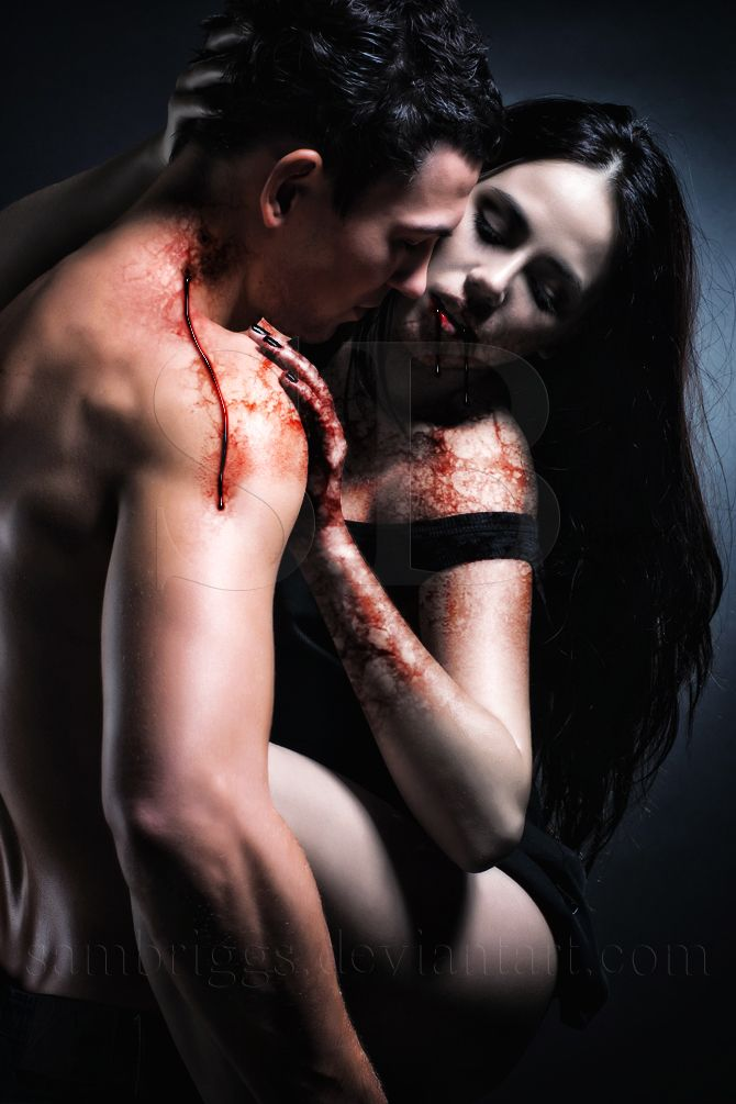 79eba893e4c30ed378d4c5ea5a4486a6--vampire-bites-vampire-love.jpg