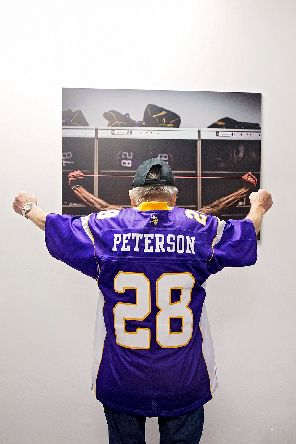 Copying an image of Adrian Peterson hanging in the gym.