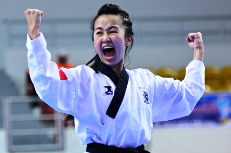 Taekwondo_girl.jpg