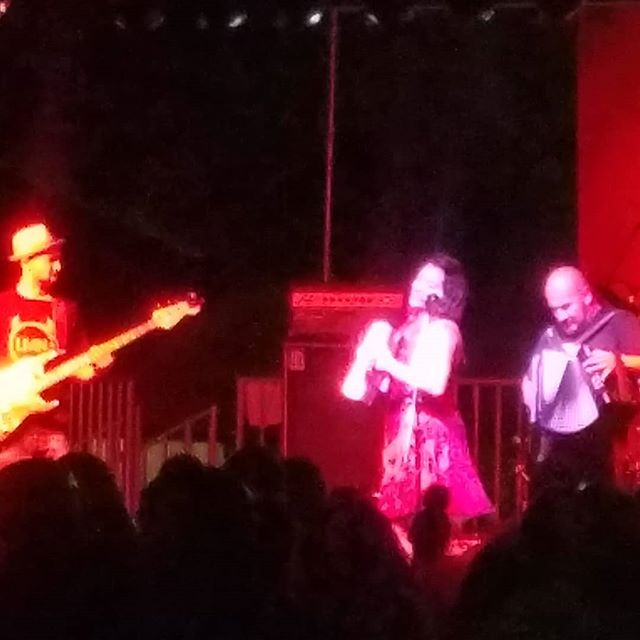 #lamisanegra brought great energy to #snwmf last night! #snwmf2018 #livemusiclantern #shiningalightwithlivemusic #musiciscare  #musicheals #livemusic #community #love #light #nonprofit
