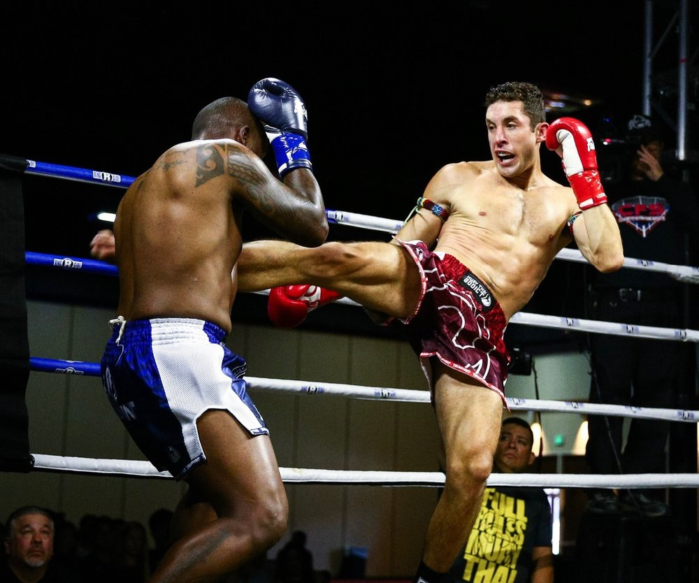 Lance Dixon, Muay Thai