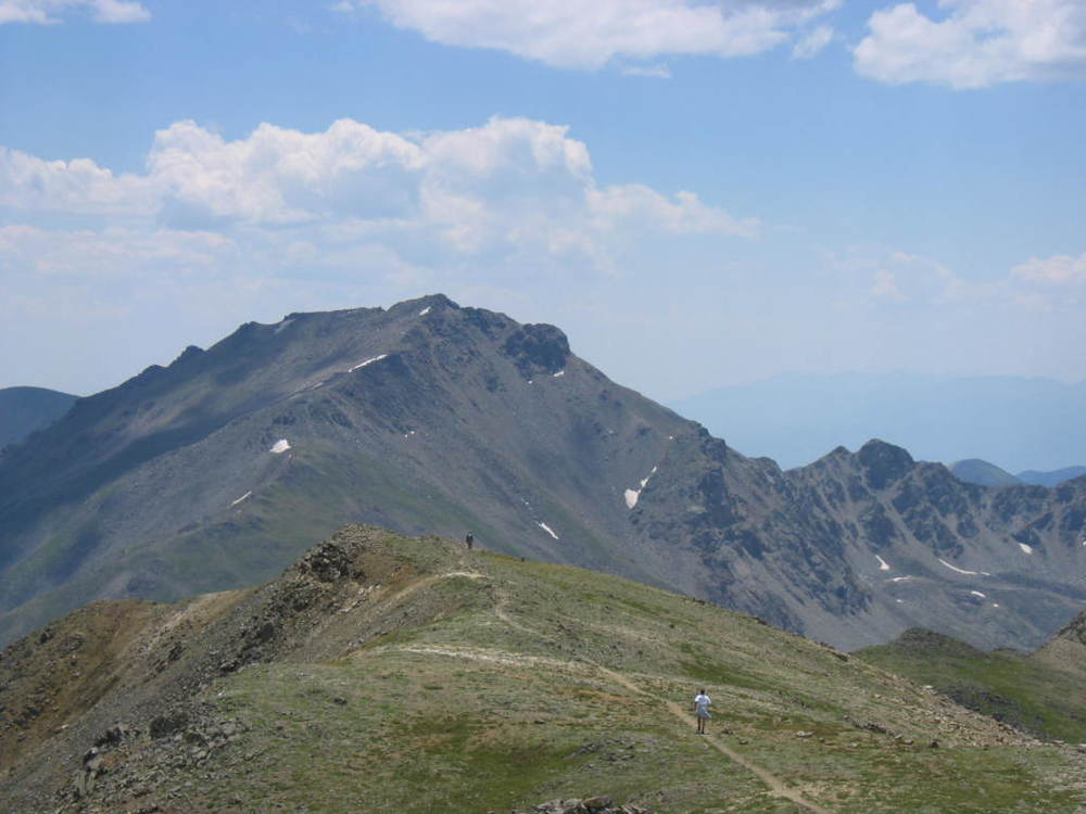 """Mount Harvard (Colorado) - 2006-07-16"" by jokermanj - Mount Harvard. Licensed under Creative Commons Attribution 2.0 via Wikimedia Commons"