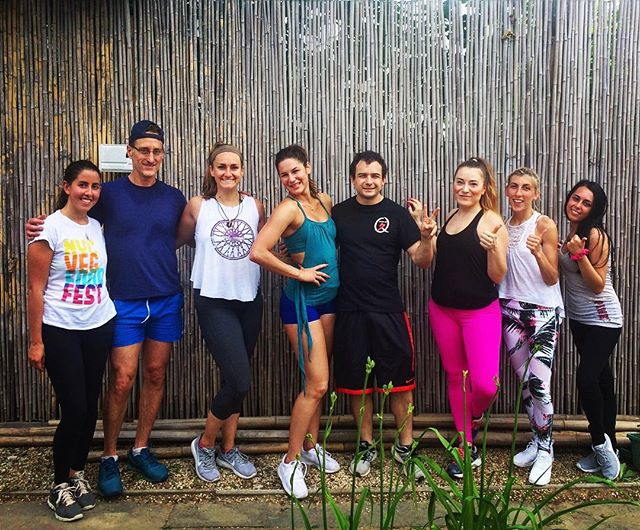 A BIG thank you to all who came to our Pop-Up workout this am over @yamaqrestaurant ! So much fun starting our Sunday off with a little strength training lead by @saralicious_fitness, a run around Bridge Hampton & a yoga cool down lead by yours truly. Sushi to follow & the best vegan desserts from @culiraw! 😍 Check out @hamptonswellnessonwheels online to find out when our next Pop-Up will be! 💪🏼💕 #Friendswhoinspire #HWOW #Hamptonswellness #Eastendfitness #Grateful #Sundayfunday #Eatcleantrainhard #Bridgehampton #Yoga #Yogi #Yogaeverydamnday #Practice #Strength #Balance #Namaste #Fitspo #Getoutside #Eastendyoga