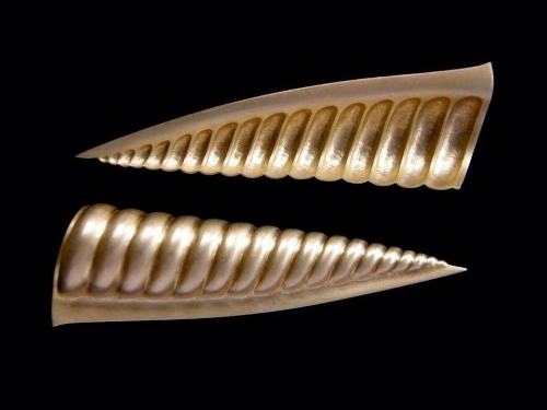 18ct Gold brooch pair, 65mm long