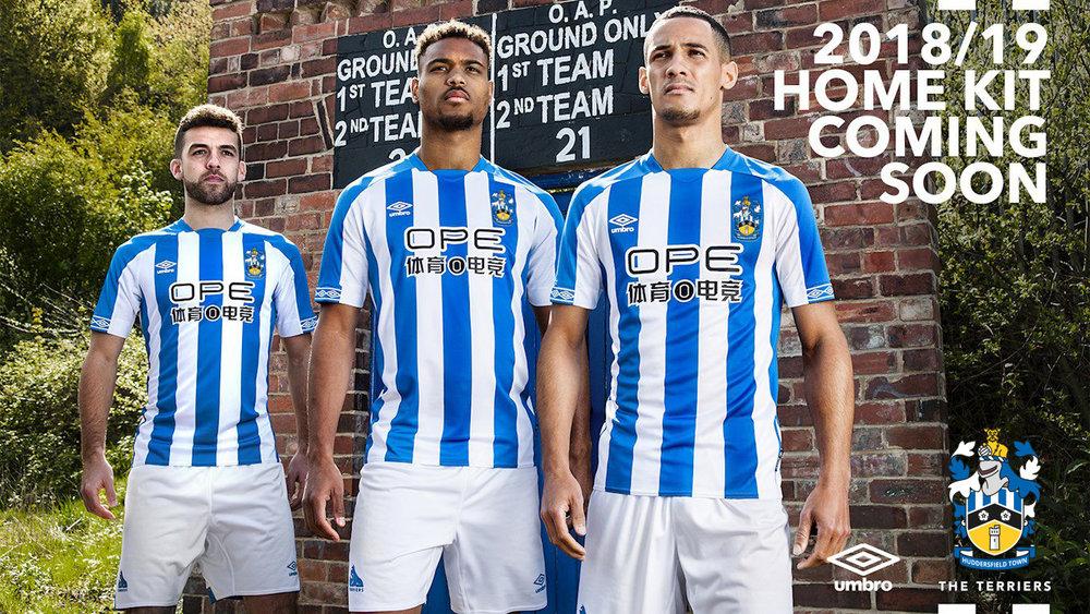 huddersfield_town_18_19_umbro_home_kit_k.jpg