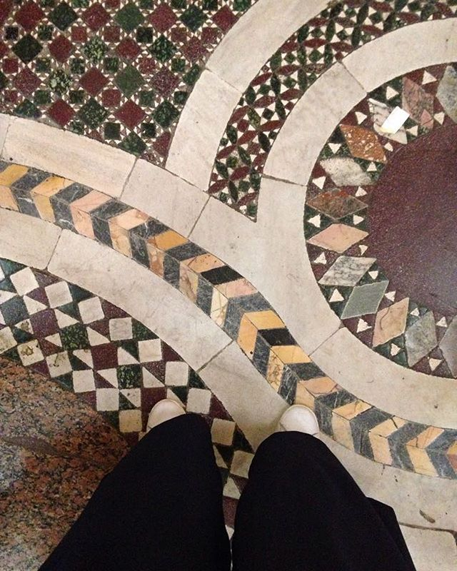 Pattern maniac. #santamariamaggiore  #mosaic #onestepatatime #roots #ancienthistory #antiques #oggiturista #flaneur #dovemiportanoipiedi