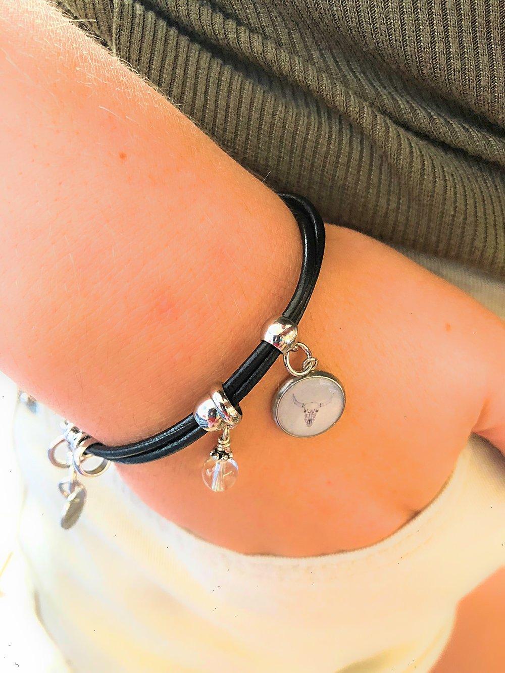 alyssa bracelet uc.jpg