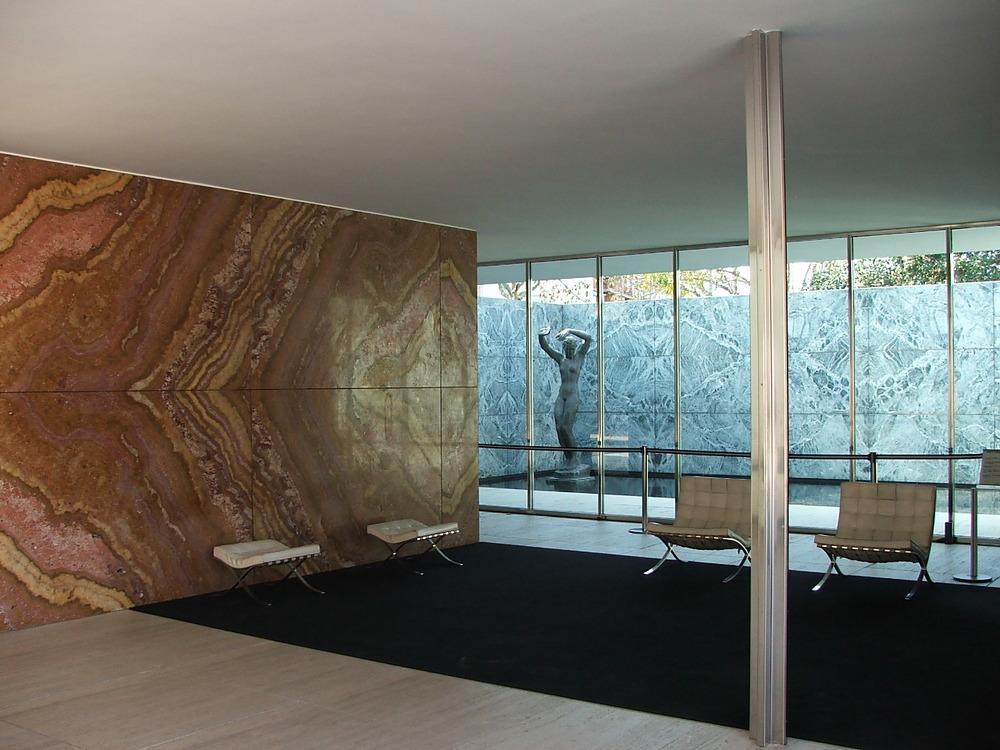 Barcelona-Pavilion_Mies-van-der-Rohe1929.jpg