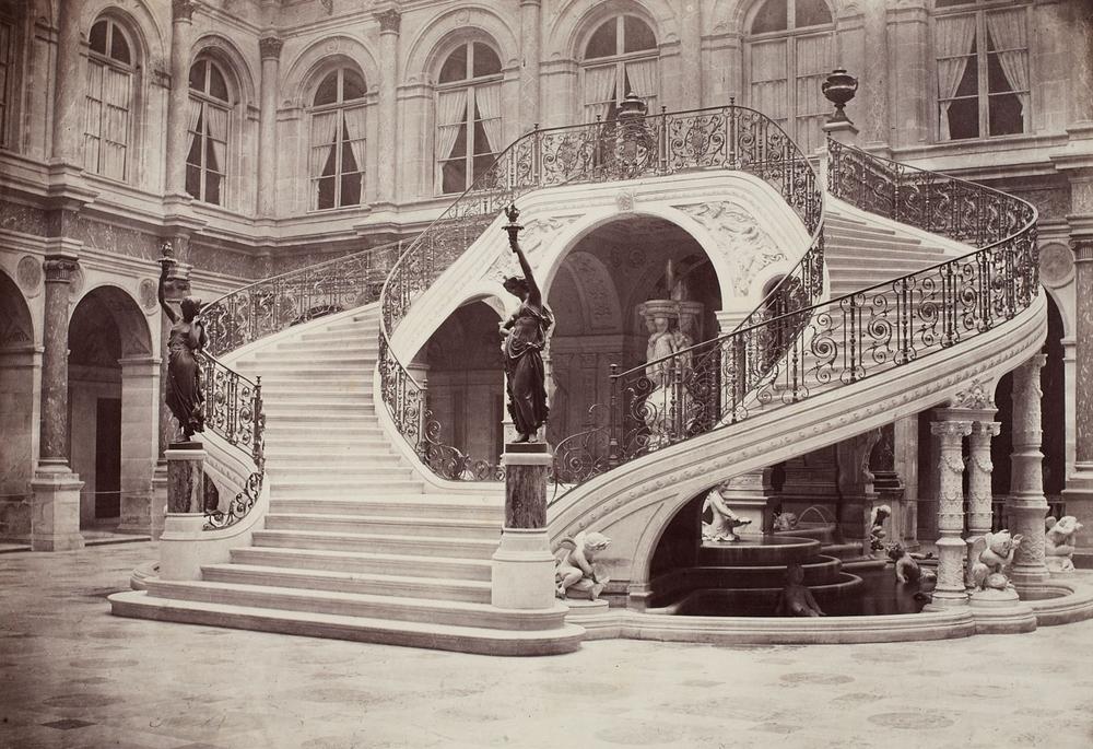 Charles_Marville_Hotel_de_Ville_Paris_1871.jpg