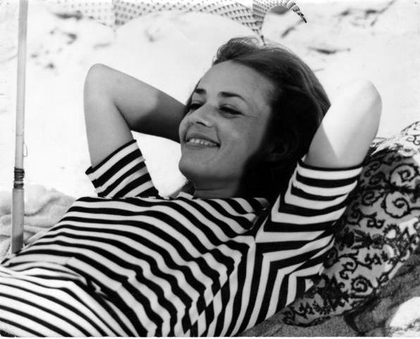 Jeanne-Moreau-in-Jules-et-Jim-1962.jpg