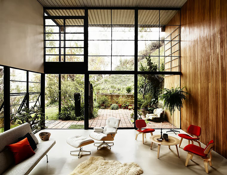 Eames-House-in-Pacific-Palisades-1.jpg