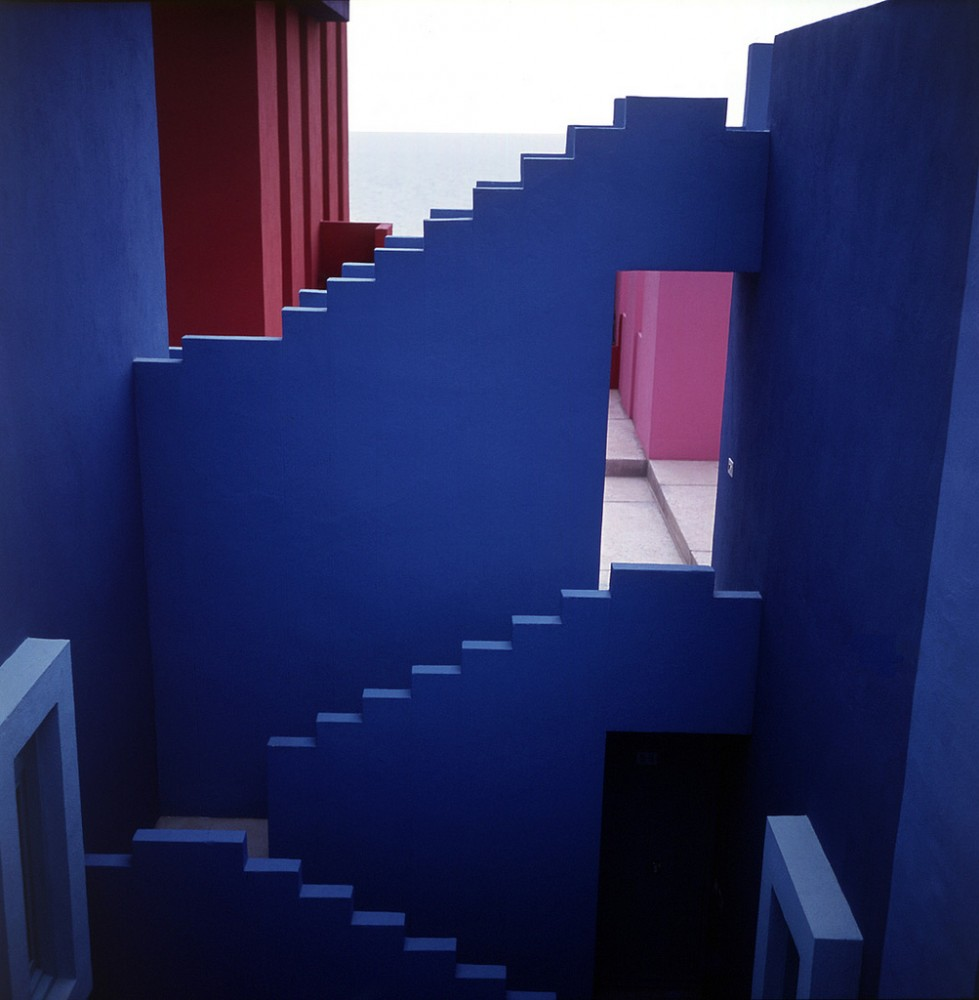 la-muralla-roja-architecture-ricardo-bofill-calpe-spain-10.jpg