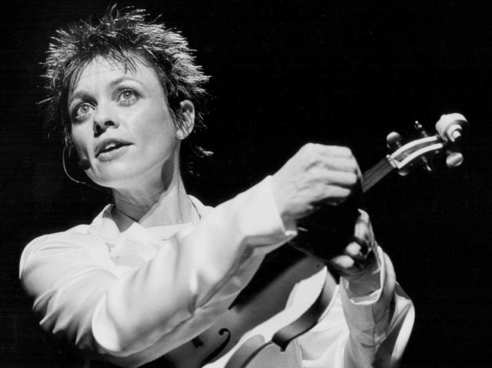 22-laurie-anderson.w750.h560.2x.jpg