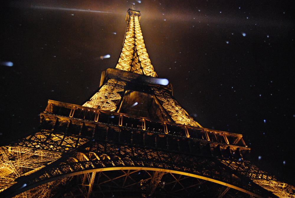 Eiffel tower 2009