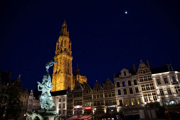 Antwerp-Diamonds,-Chocolate-and-beer.jpg