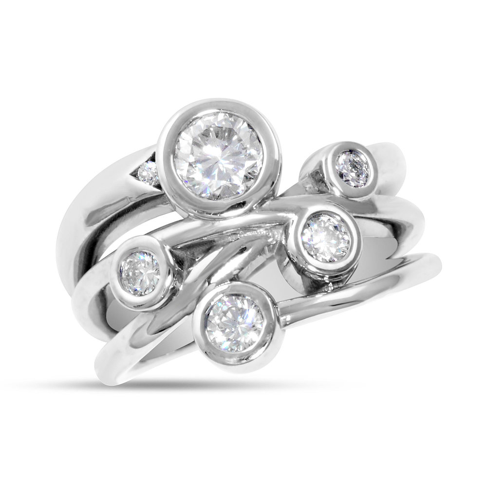 bezel round engagement sku three ring set stone cut gold diamonds white with rings diamond