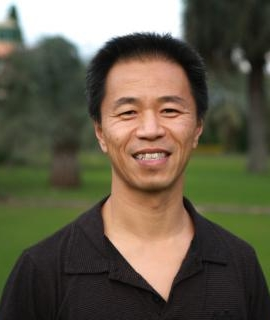 Conference Speaker    Dr. Richard Chin  is married to Jeanette and is the father of four children. He currently serves as the chaplain at University of Wollongong where he teaches the Bible.