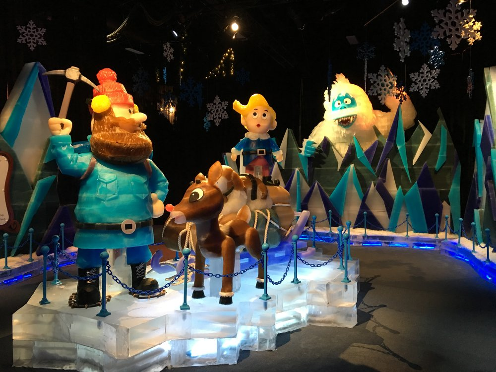 RUDOLPH - Gaylord Hotels annual ICE! show