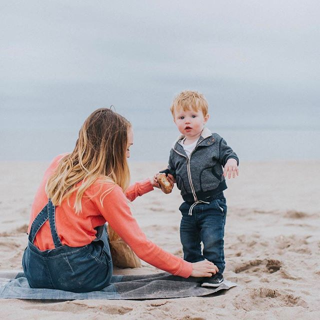 I'm sure we will find a handful of new special places on our journey, but I'm sure going to miss this happy place right here. I've taken Owen to this spot less than ten times, but each time we make it to the beach in one piece it's a small mama victory for me. 🏖 So excited that we will be forced to shake up our routine regularly so soon, and I can't wait to find our new happy places abroad. 📷: @amyfrancesphoto • #thatsdarling #vscomom #vscobaby #motherhoodthroughinstagram #documentlife #letthembelittle #thepursuitofjoyproject #candidchildhood #vsco #vscocam #humaneffect #darlingdaily #momentsinthesun #letsgosomewhere
