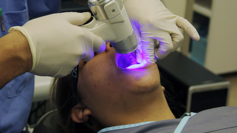 oral cancer detection device.jpg