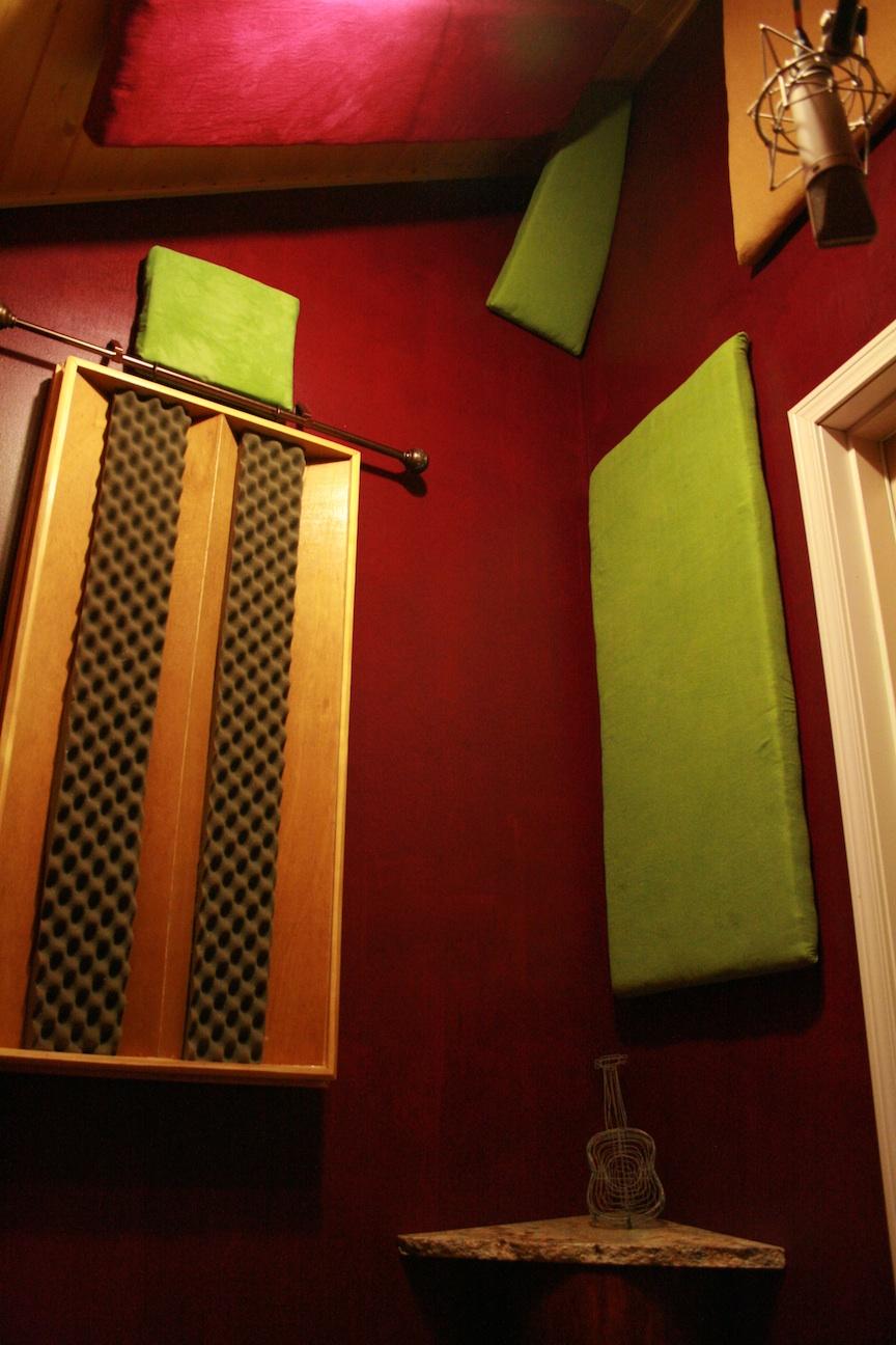 red room baffles.jpg
