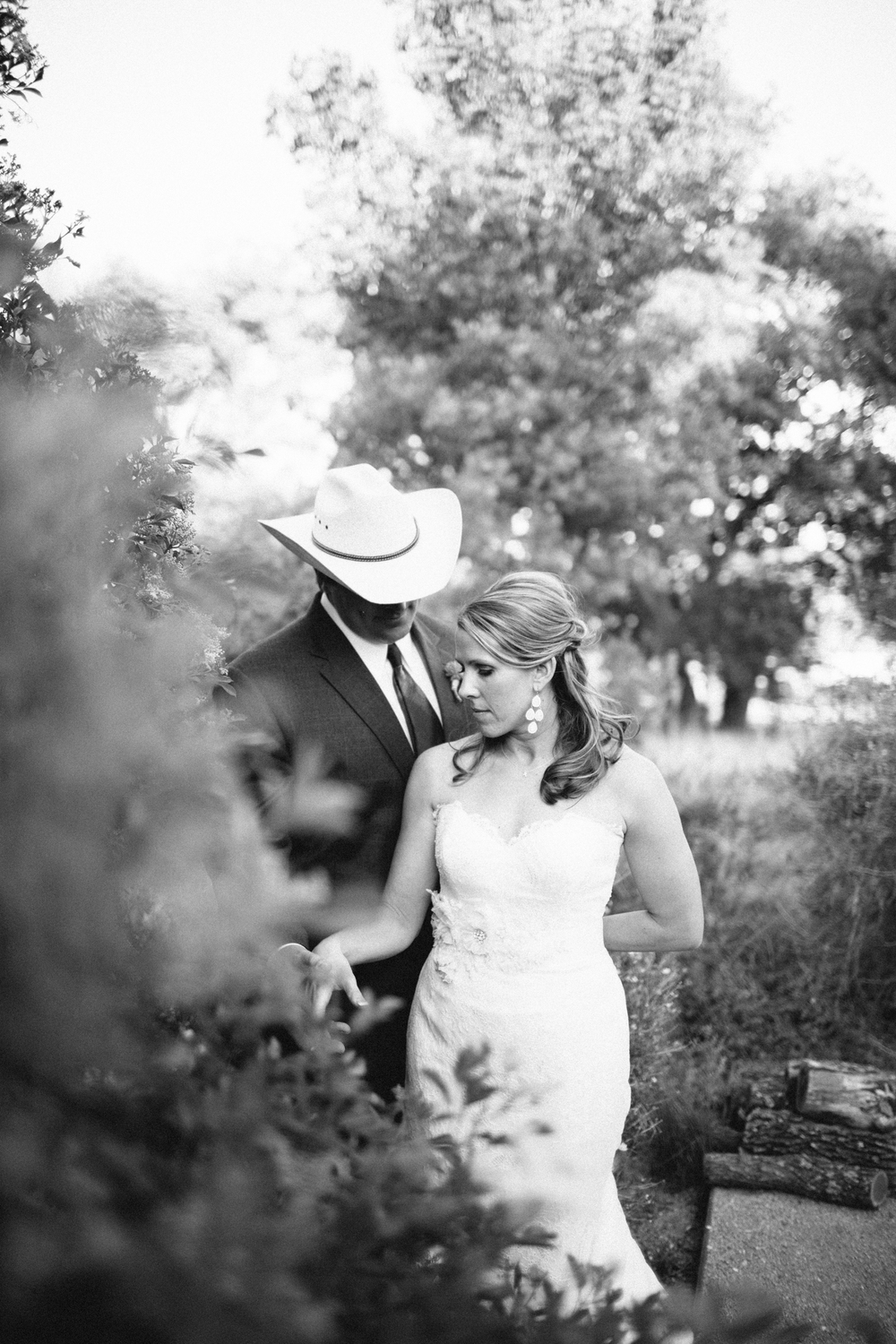 Megan_Rich_Marfa_Wedding00058.jpg