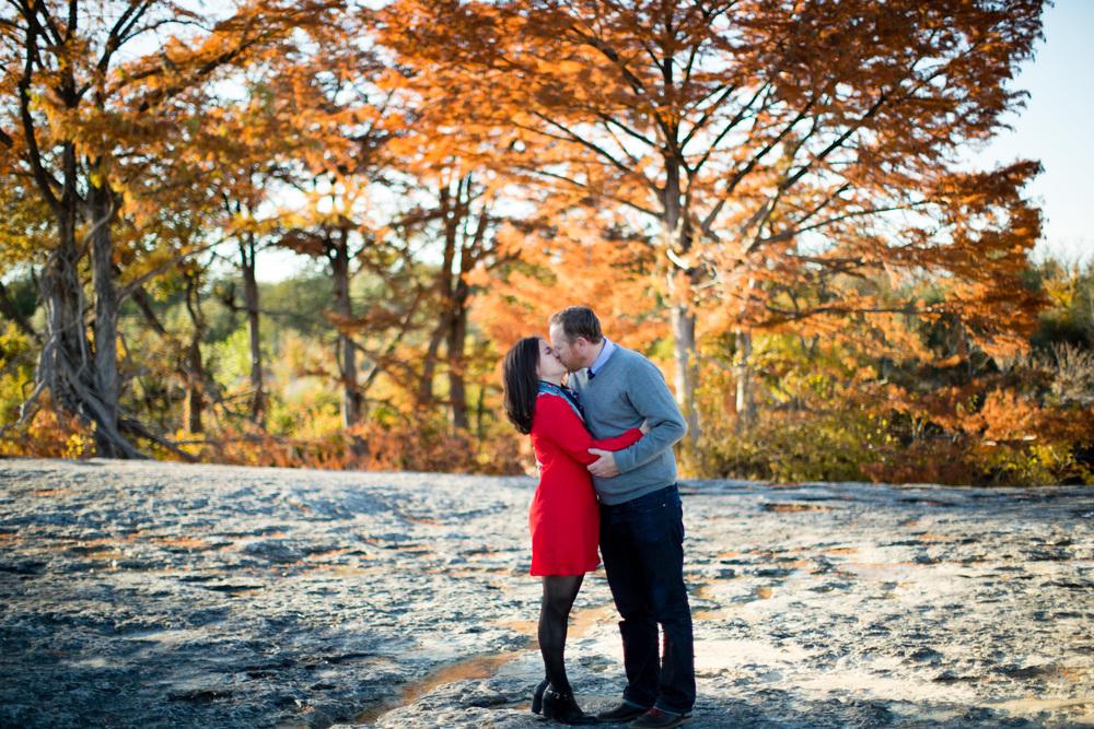 Hannah_Christian_McKinney_Falls_Engagement00005.jpg