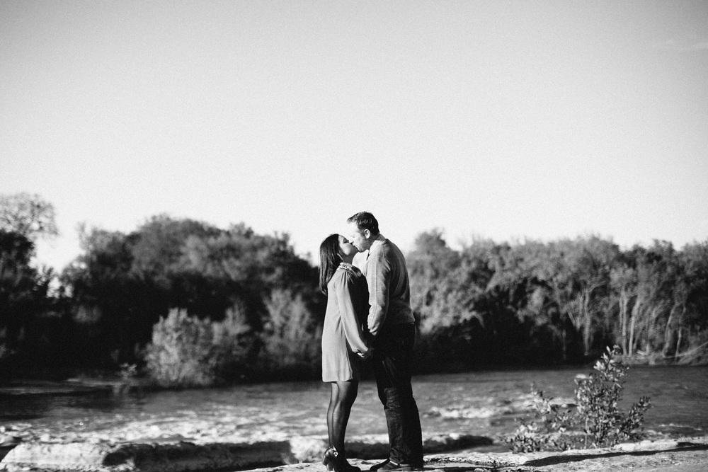 Hannah_Christian_McKinney_Falls_Engagement00020.jpg