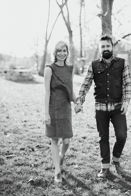 Paige-Newton-Photography-Engagement-Session-Austin-Springdale-Farm-Engagement0003.jpg