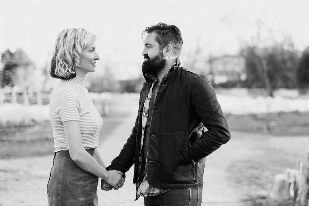 Paige-Newton-Photography-Engagement-Session-Austin-Springdale-Farm-Engagement0010.jpg