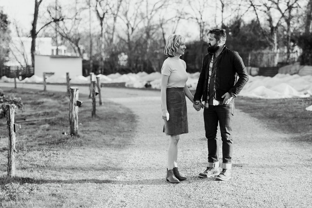 Paige-Newton-Photography-Engagement-Session-Austin-Springdale-Farm-Engagement0013.jpg