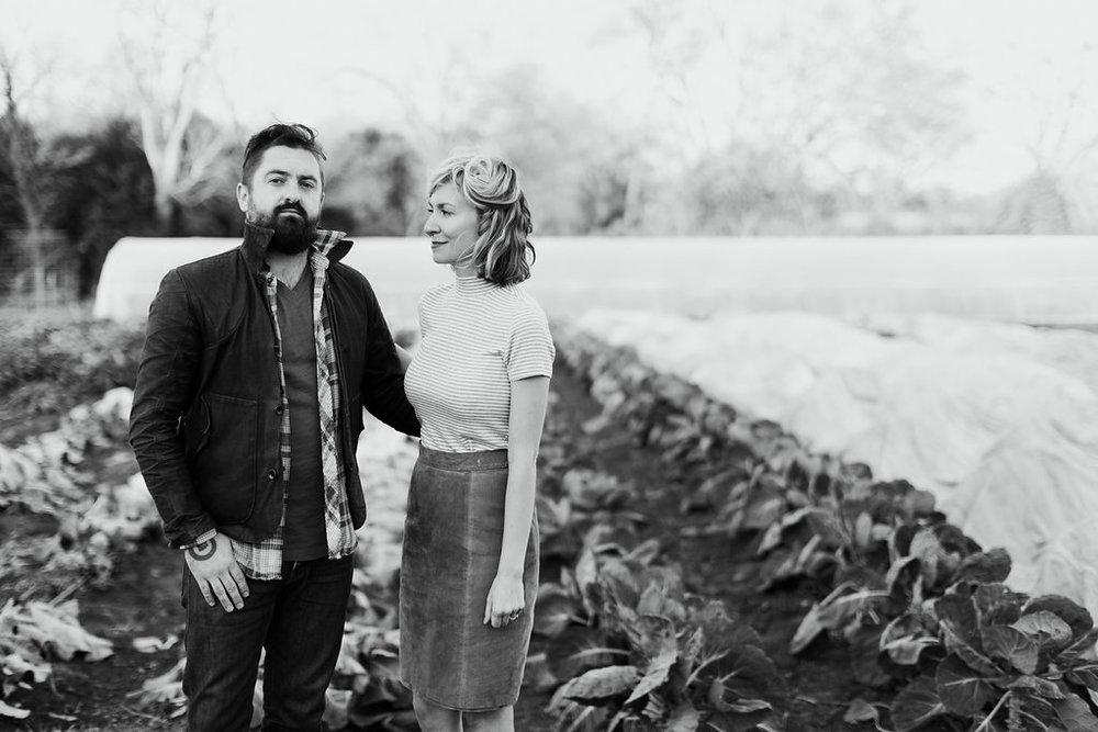 Paige-Newton-Photography-Engagement-Session-Austin-Springdale-Farm-Engagement0017.jpg