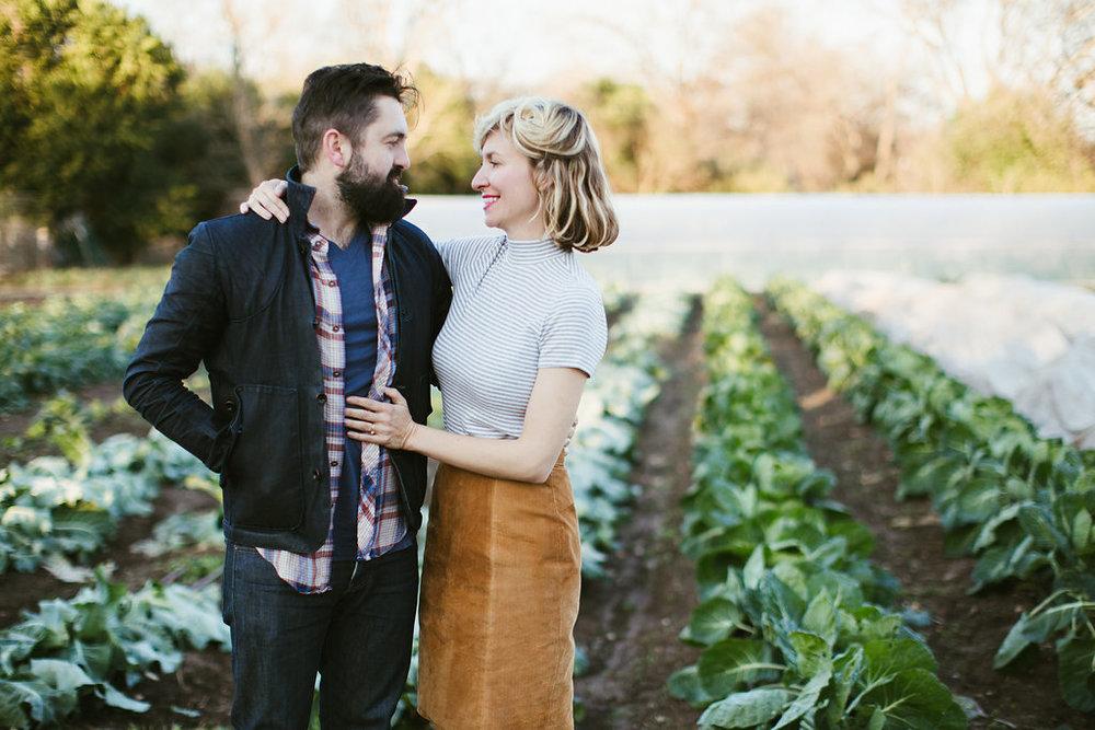 Paige-Newton-Photography-Engagement-Session-Austin-Springdale-Farm-Engagement0016.jpg