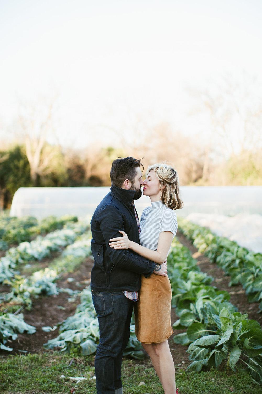 Paige-Newton-Photography-Engagement-Session-Austin-Springdale-Farm-Engagement0018.jpg