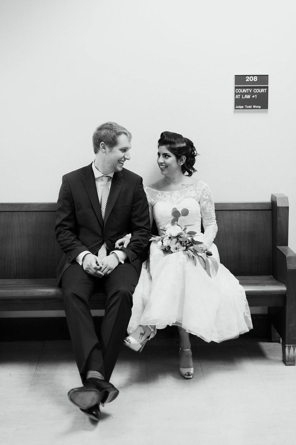 Paige-Newton-Photography-Elopement-Photographer-Austin-Courthouse-Fresas-Chicken0027.jpg