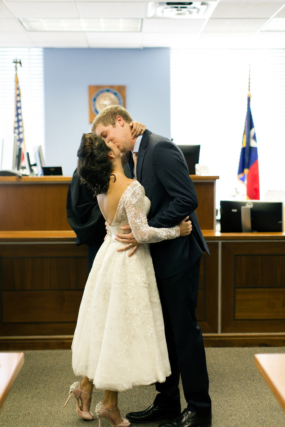 Paige-Newton-Photography-Elopement-Photographer-Austin-Courthouse-Fresas-Chicken0032.jpg