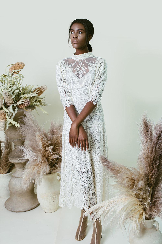 Paige-Newton-Photography-Modern-Bridal-Victorian-Bride.jpg