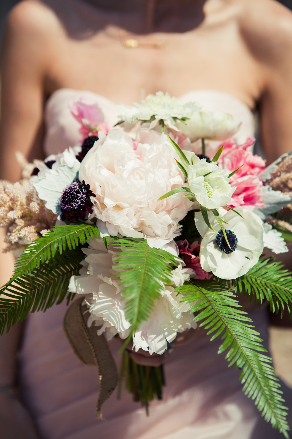 Paige-Newton-Photography-Wedding-Details-Pastel-Bouquet.jpg